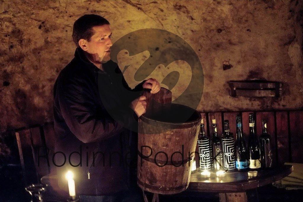 Víno Mono - značka Tokaj Macik Winery